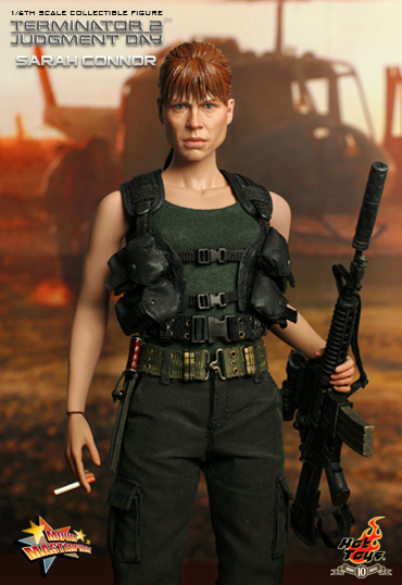 6b12666342004b7f4dd8ce191 Terminator 2: Judgment Day :: 1/6th scale Sarah Connor Collectible Figure