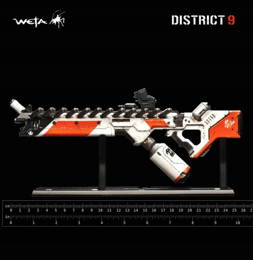 d9miniassaultriflealrg3 500x514 District 9   Assault Rifle   Miniature