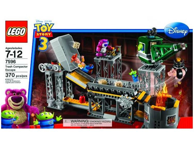 LGO10097 Lego Toy Story 3   Trash Compactor Escape Set