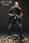 battle damaged john connor 3 103x150 Terminator Salvation: 1/6th scale John Connor collectible figure (Final Battle Version)
