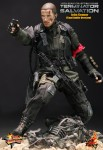 battle damaged john connor 4 103x150 Terminator Salvation: 1/6th scale John Connor collectible figure (Final Battle Version)