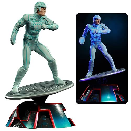 tron statue TRON Kevin Flynn Classic Heroes Statue