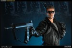 300068 press04 001 150x100 The Terminator / Premium Format Figure
