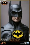 901391 press16 001 103x150 Batman (1989 Version) 12 inch Figure