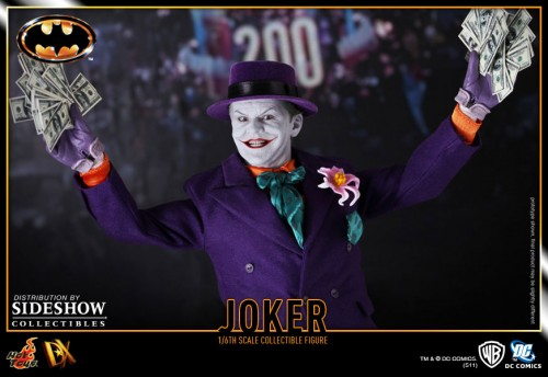 901392 press05 001 500x344 The Joker (1989 Version) 12 inch Figure