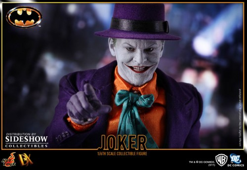 901392 press07 001 500x344 The Joker (1989 Version) 12 inch Figure