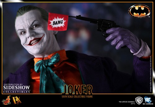 901392 press09 001 500x344 The Joker (1989 Version) 12 inch Figure