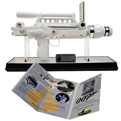 FT408178lg James Bond Moonraker Laser Gun Prop Replica