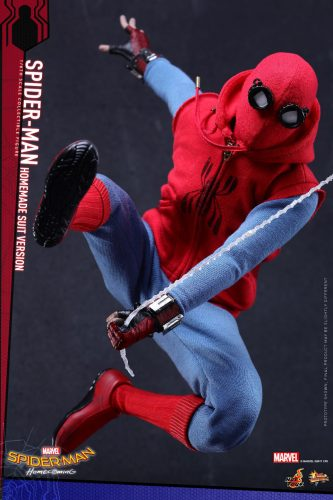 Spider Man  Homecoming Action Figure pop out 001 333x500 Spider Man  Homecoming Action Figure pop out 001