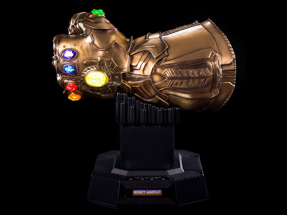 infinity gauntlet life size bluetooth speaker avengers infinity war camino 1 This Life Size Infinity Gauntlet Bluetooth Speaker Has the Power of Sound