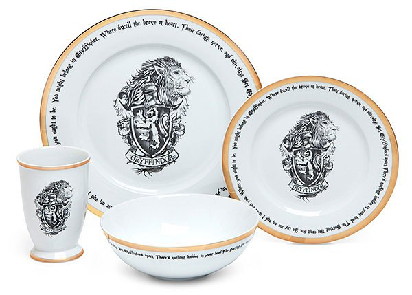 pottery Its Harry Pottery With New Dinner Set