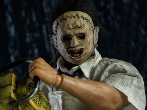 32a55d66 c940 4dc7 8af7 27469ea70f0f 500x375 The Texas Chainsaw Massacre Leatherface 1/6th Scale Collectible Figure