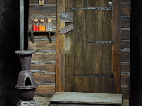 e983a57a 0d66 49ca 9b23 81bddafeed6d 500x375 The Hateful Eight Door of The Haberdashery 1/6 Scale Cinematic Diorama